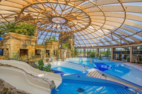 Élményteli fürdőzés az Aquaworldben, hétvégén is