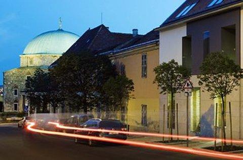 Fedezzétek fel Pécs sokszínűségét kettesben!
