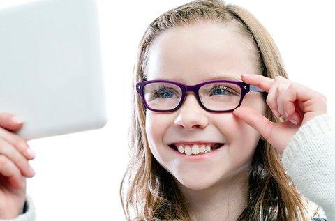 Gyerekszemüveg UV védelemmel, kerettel