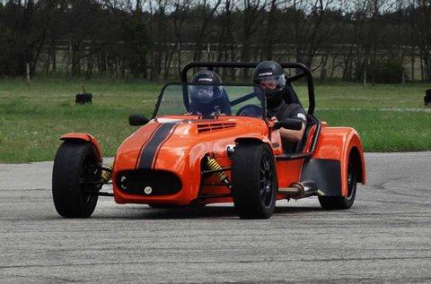 Vezess egy Lotus Super Seven Cabrio versenyautót!
