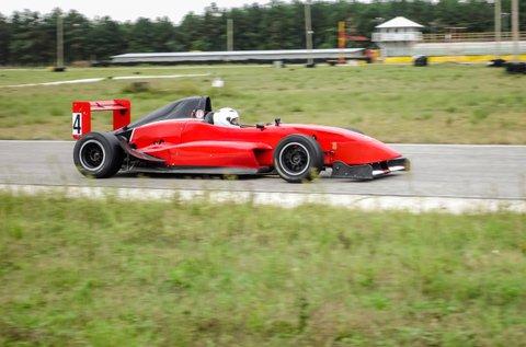 3 körös Formula Renault 2.0 élményvezetés