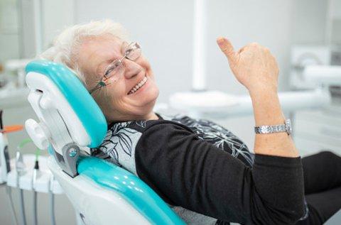 Fix fogsor 2 patent implanttal, alsó fogsorral