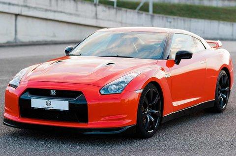 Nissan GT-R vezetési élmény a Hungaroringen