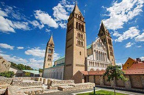 3 napos barangolás Pécs történelmi szívében