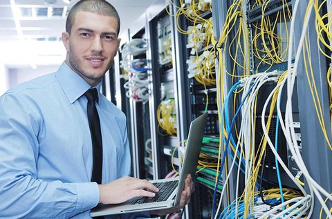 Interaktív, online rendszergazda tanfolyamok