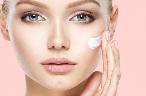 Tápláló arctisztító kezelés Ilcsi kozmetikumokkal