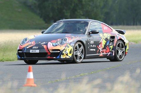 Porsche 911 Turbo és BMW M3 Compact vezetés