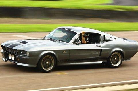 Ford Mustang Shelby vezetés a Hungaroringen