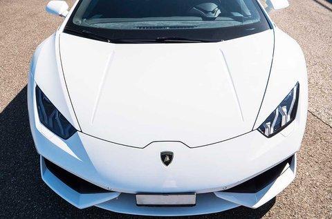 3 kör Lamborghini Huracan vezetés + sétarepülés