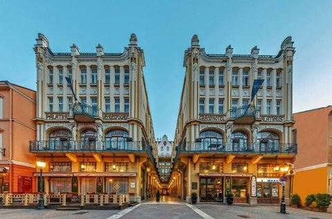 Exkluzív feltöltődés Pécs szívében
