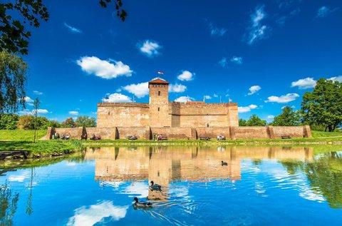 3 napos feltöltődés a Gyulai vár mellett