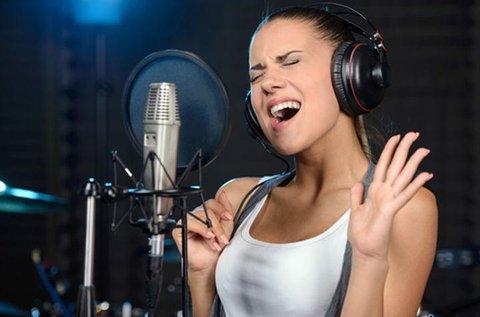 Énekelj profi hangstúdióban, videóklip készítéssel!