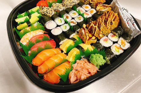 Sushi boxok a Star Sushi & Banh Mi szendvicsbárból