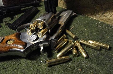 55 lövéses élménycsomag 5 különböző fegyverrel