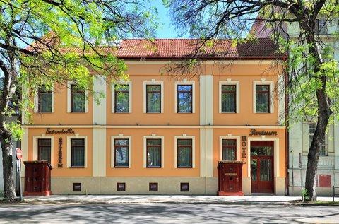 Szegedi pihenés Füvészkert belépővel
