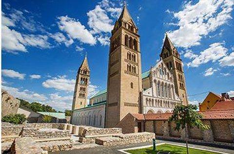 3 napos barangolás Pécs belvárosában