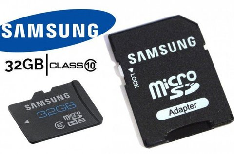 32 GB-os Samsung MicroSD kártya