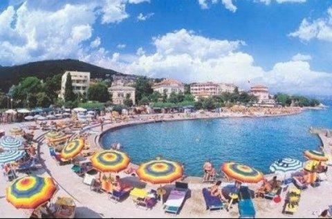 1 napos fürdőzés Opatija tengerpartján, buszos úttal