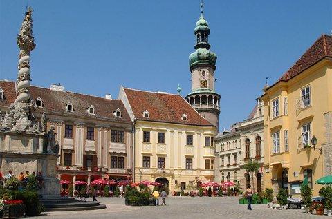 Kisvárosi kikapcsolódás Sopronban, hétvégén is