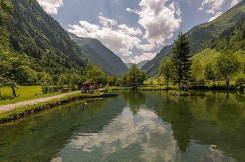 Családi pihenés az Alpok völgyében, hétvégén is