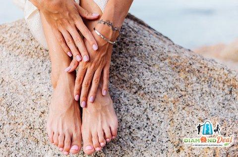 Elbűvölő kezek és lábak trendi géllakkozással