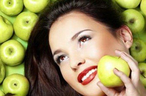 Almaőssejtes kozmetikai kezelés teljes arcon