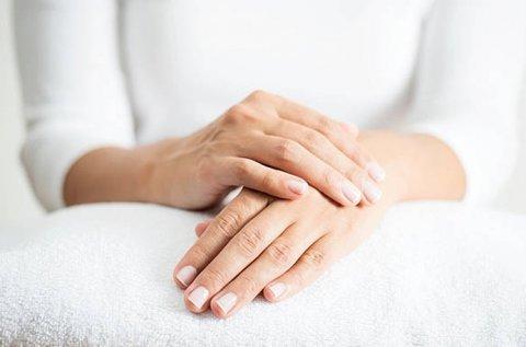 Fiatalabb ujjak és kézfejek Thermage feszesítéssel