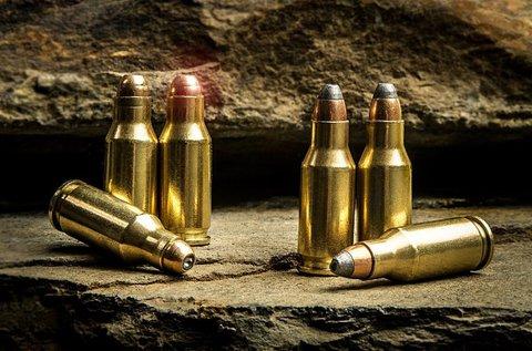 Élménylövészet kis és nagy kaliberű fegyverekkel