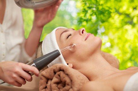 Tű nélküli mezoterápia a fiatalabb arcbőrért