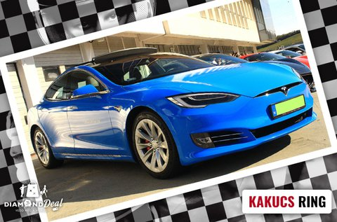 3 körös Tesla Model S P100D élményvezetés