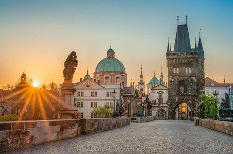 4 csillagos hétvégi városnézés Prága szívében
