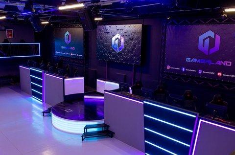 PC bérlés a gamerlandi E-sport Arénában