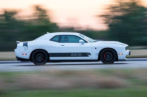 Dodge Challenger HellCat élményvezetés
