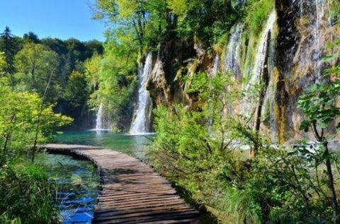 Buszos kirándulás ősszel a Plitvicei-tavakhoz