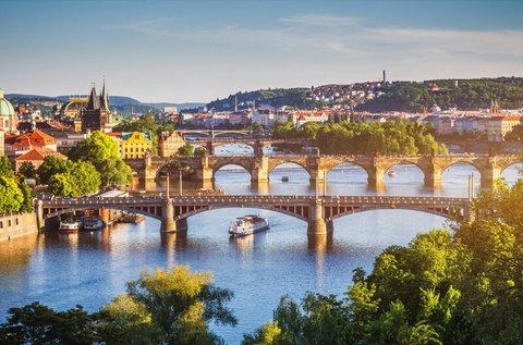 Családi kikapcsolódás a száztornyú Prágában