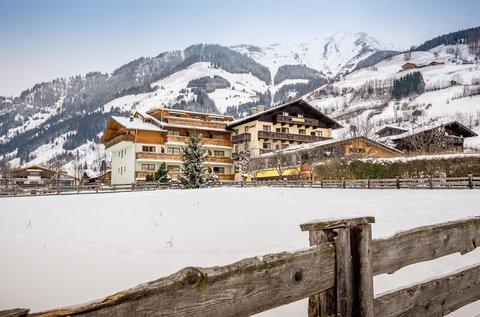 Kalandozás az Alpok arany völgyében, hétvégén is