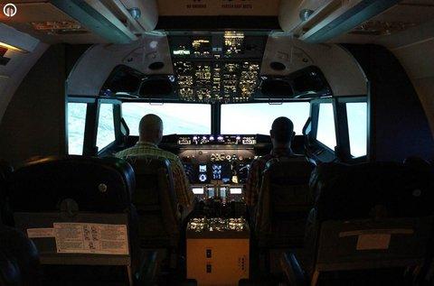 Boeing 737 repülőgép szimulátor vezetés