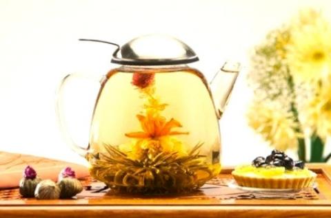 4 db virágzó tea díszcsomagolásban