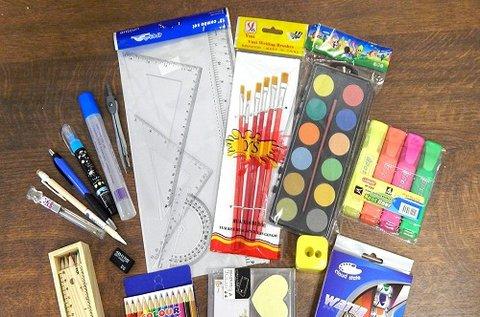 65 db-os iskolakezdő csomag fa tolltartóval