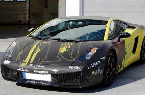 Féktelen száguldás egy Lamborghini Gallardóval