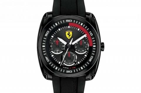 Eredeti Ferrari férfi karóra dátum kijelzéssel