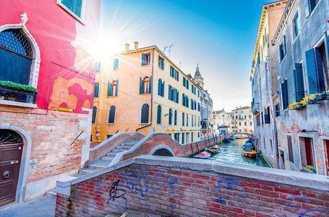 3 napos romantikázás Velence közelében