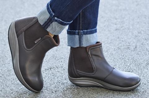 Walkmaxx Comfort magasszárú női alkalmi cipő
