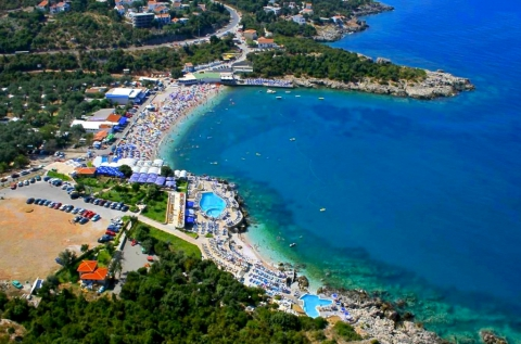 1 hetes tengerparti vakáció 4 főnek Montenegróban