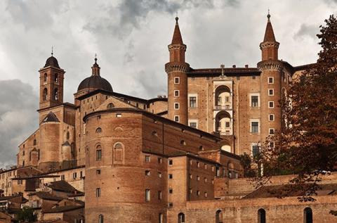 Páros látogatás a reneszánsz Urbinóban