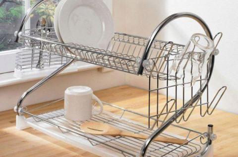 Fém konyhai csepegtető állvány tálcával