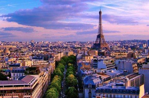 Irány a szerelmesek városa, Párizs!