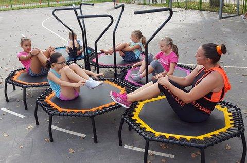 60 perces JumpFit zenés, táncos edzés gyerekeknek