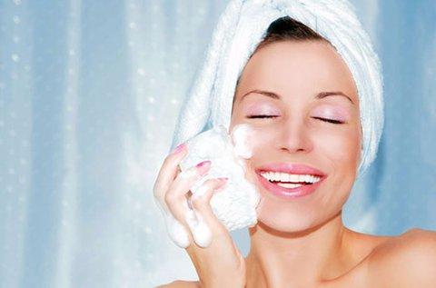 90 perces teljes arctisztítás  Ilcsi kozmetikumokkal