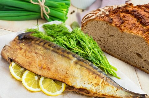 1 db finom hekk kenyérrel a Római-parton